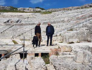solenghi-al-teatro-greco-con-manuel-giliberti-del-cda-inda